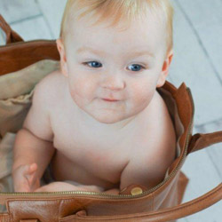 oemi-diaper-bag-cognac-3